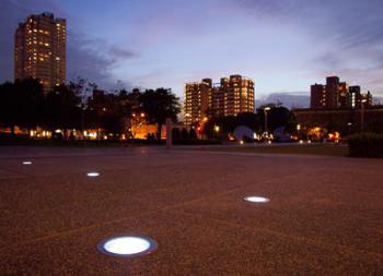 Ландшафтное, парковое и тротуарное освещение
