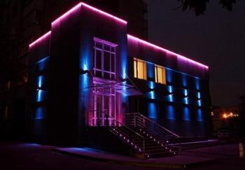 Архитектурная светодиодная подсветка фасада